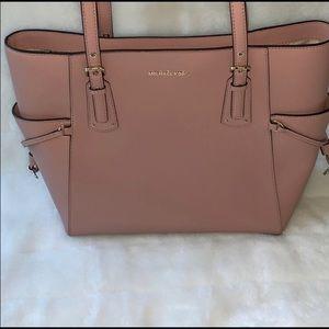 Michae Kors purse